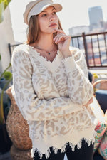 V-Neck Frayed Leopard Print Sweater | Taupe