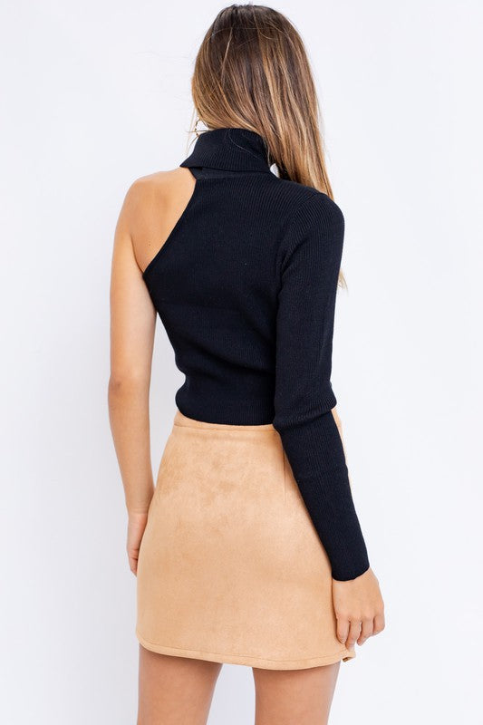 One Shoulder Mock Neck Sweater | Black