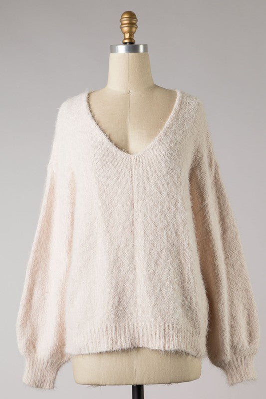 V-Neck Fuzzy Sweater | Blush