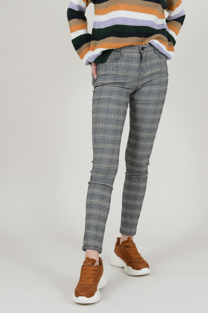 Stretch Slim Plaid Pants | Black