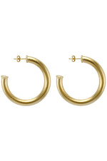 Sheila Fajl Chantal Hoops