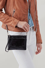 Stroll Leather Crossbody Bag | Black