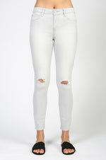 Carly Skinny Cropped Denim | Canoe