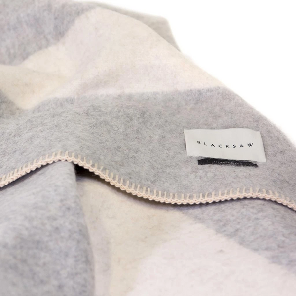 The Siempre Recycled Blanket - Light Heather