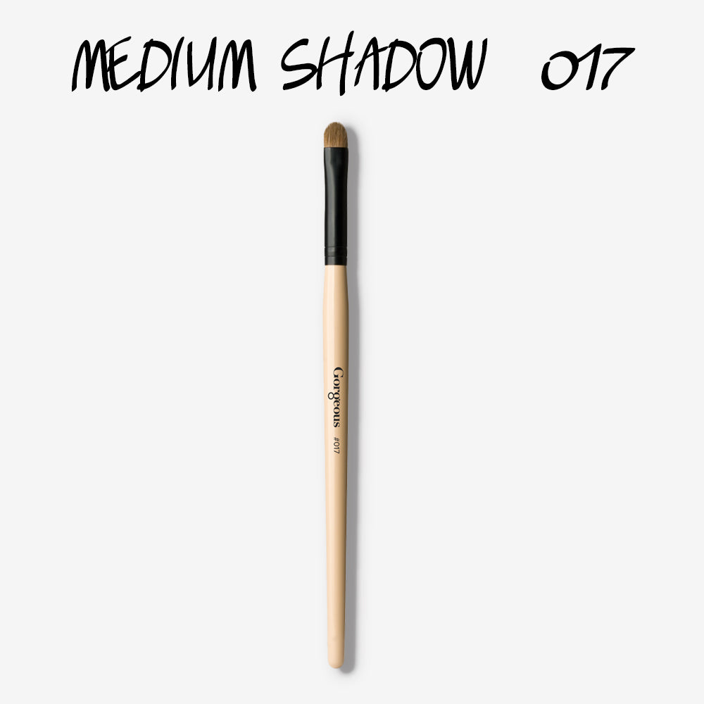 BRUSH 017 - MEDIUM SHADOW