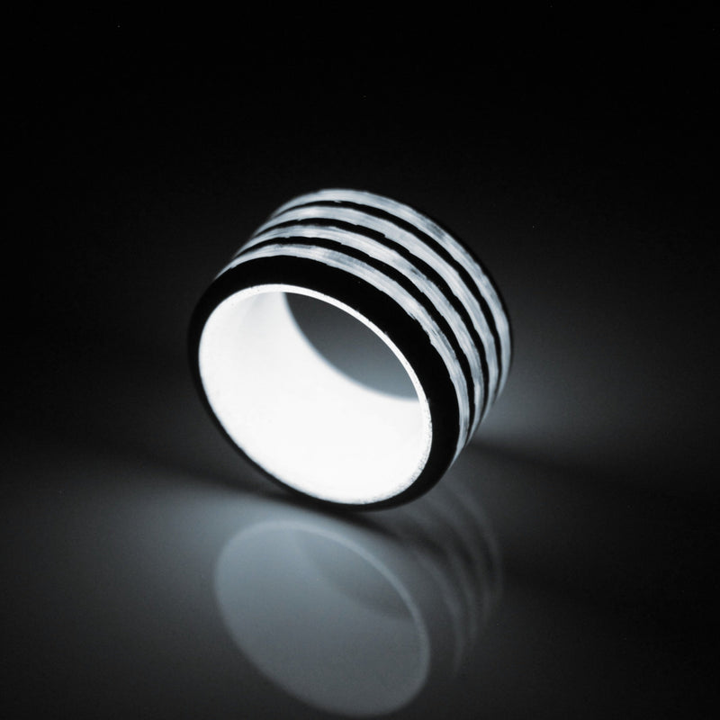 Saturn Carbon Fiber Ring