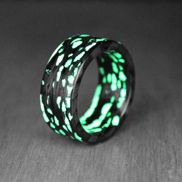 Green Alien Carbon Fiber Ring