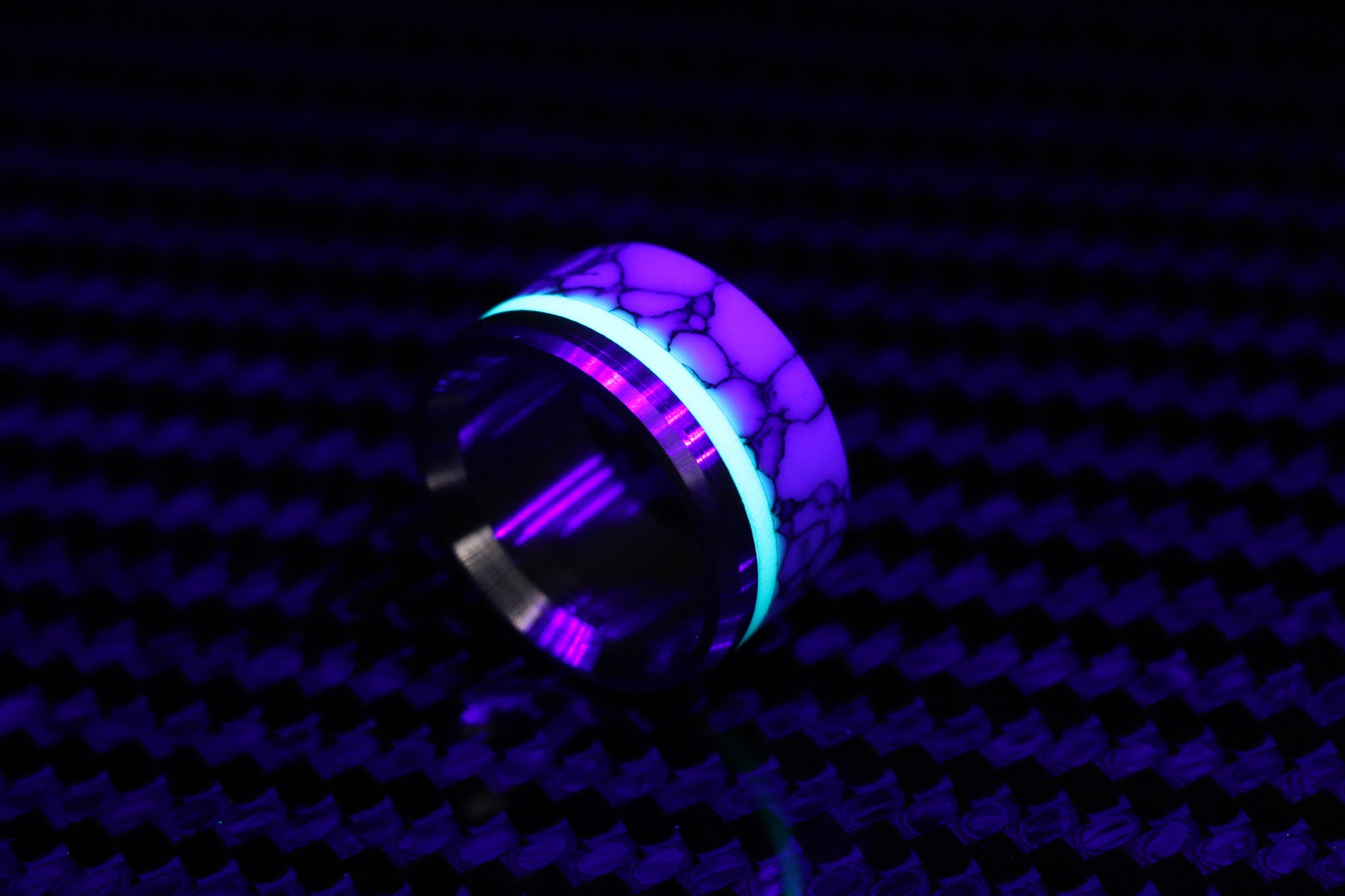 2 part super lume joker ring