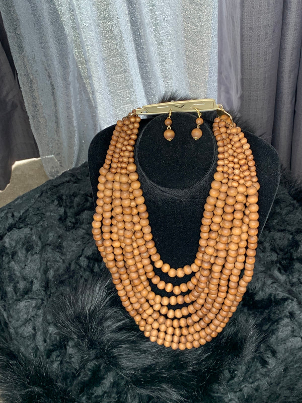 Bead necklace and earrings set