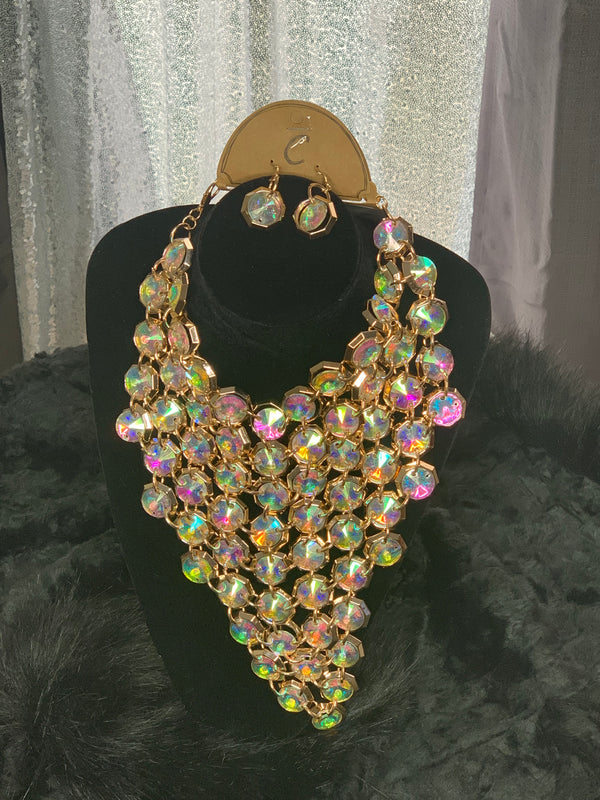 Iridescent necklace and earrings set