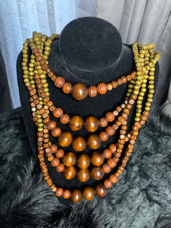 Nature lover necklace and earrings set