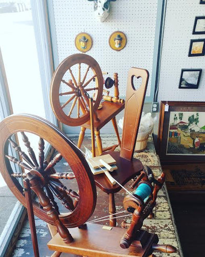 Free Community Class: Handspinning yarn on a Wheel, next date to be decided