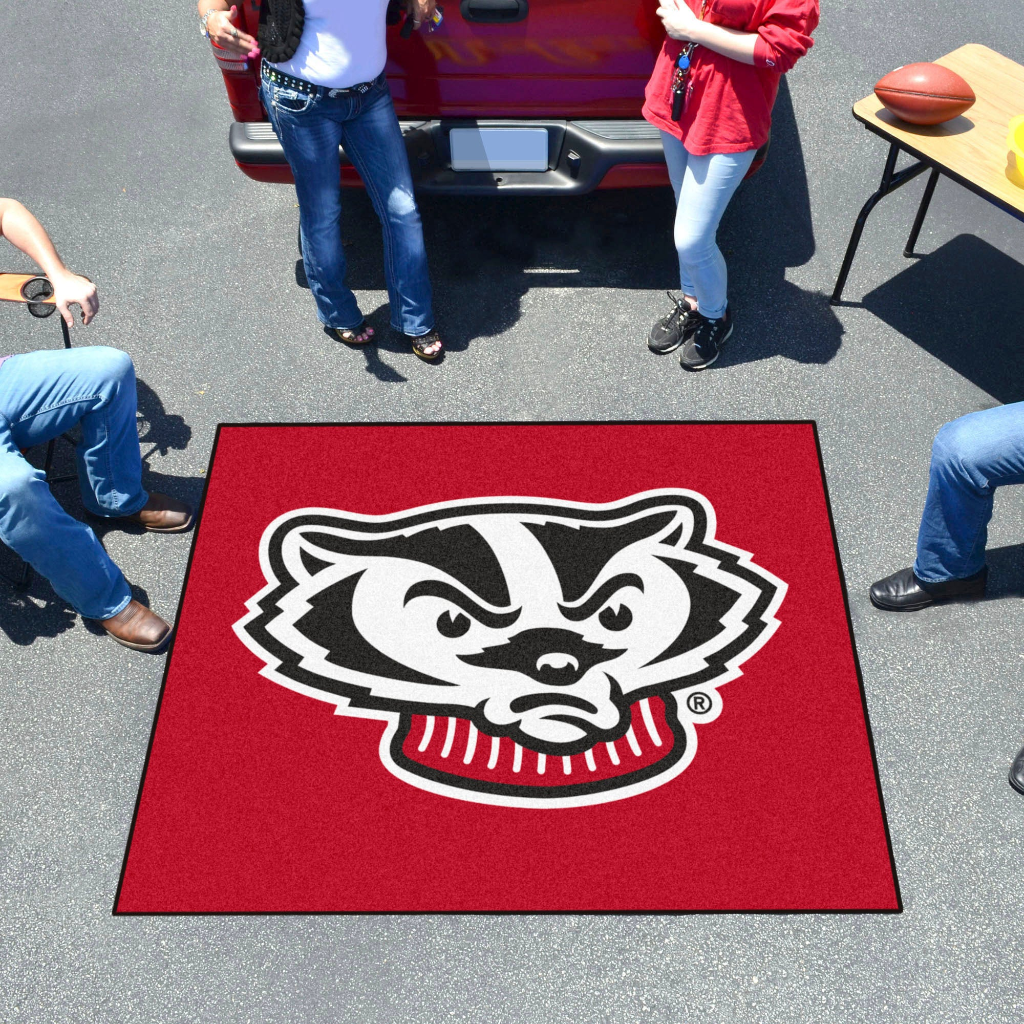 University of Wisconsin Mascot Tailgater Mat