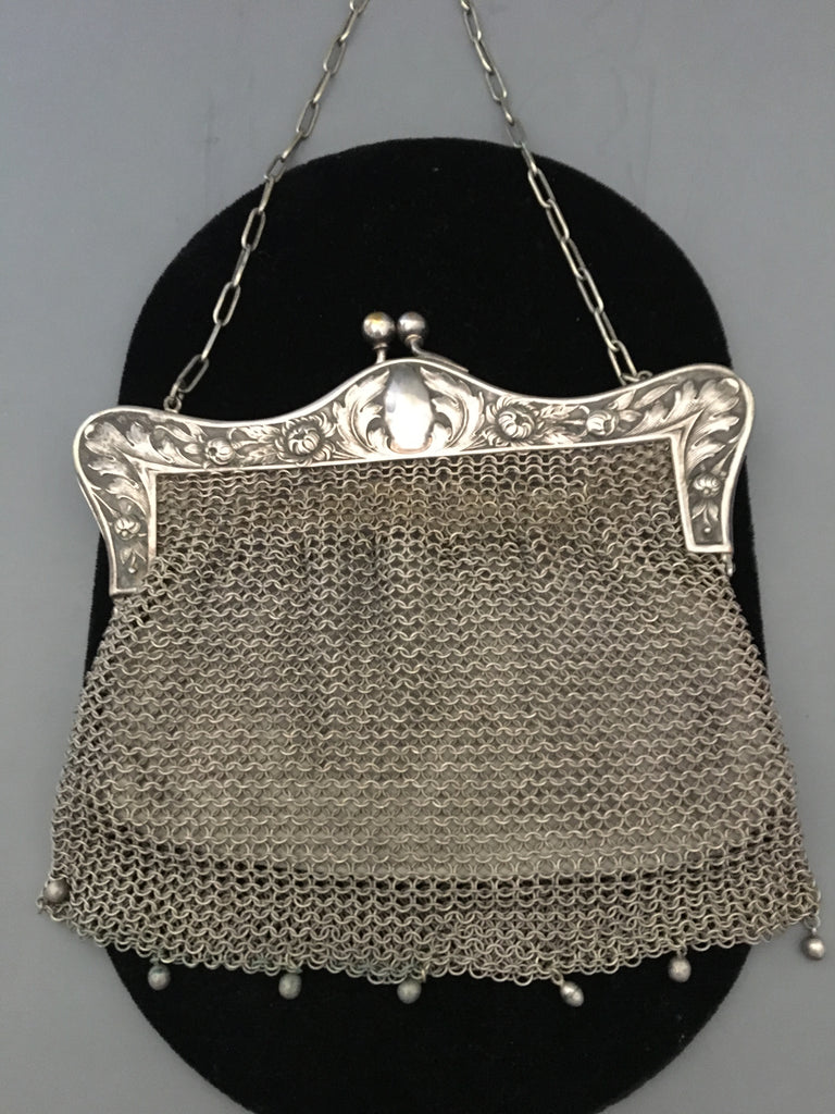Gorgeous German Silver Flapper Style Mesh Purse circa 1900's