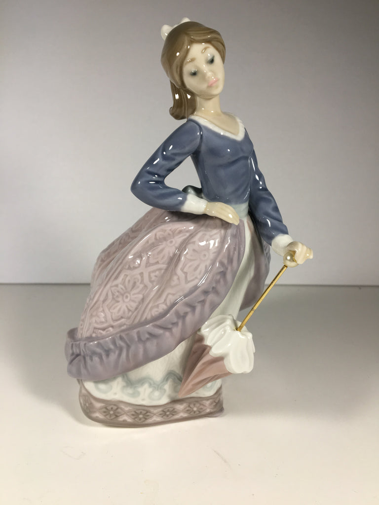 "Adorable Lladro Porcelain Figurine ""Evita"" Girl with Parasol #5212"