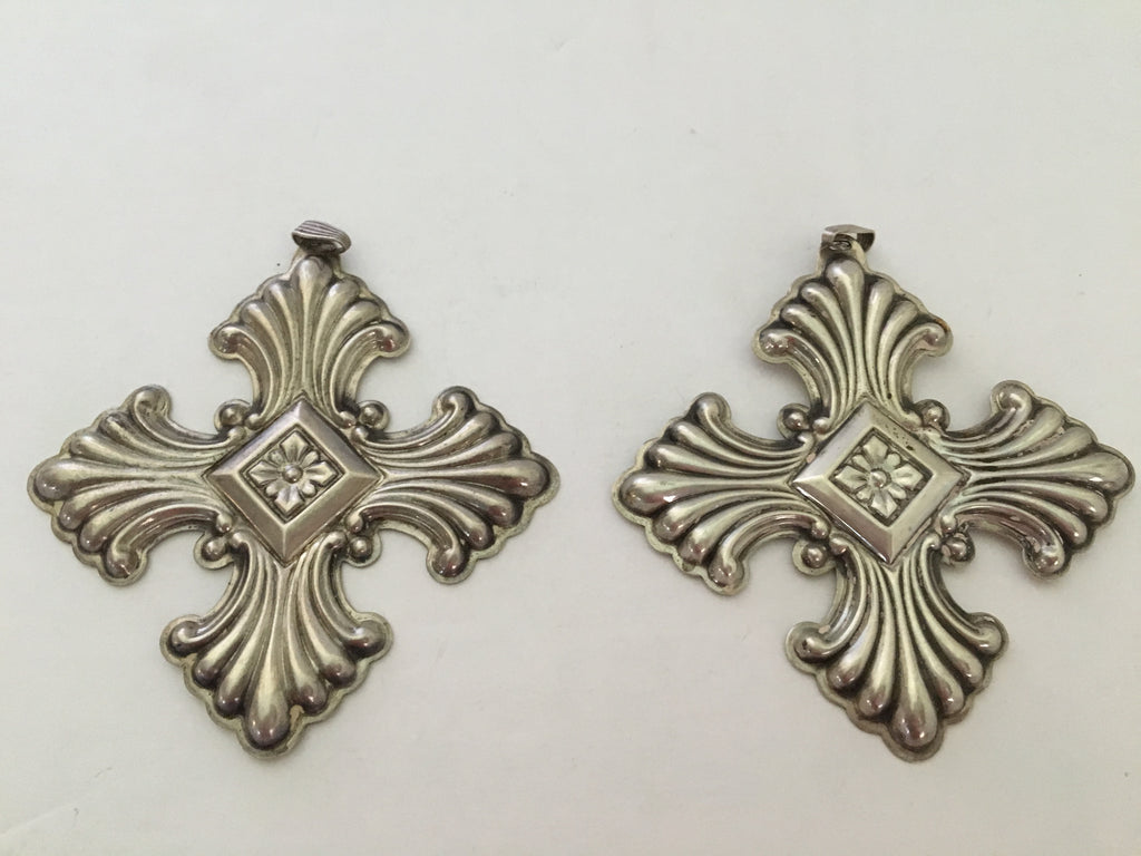 Stunning Set of Reed & Barton Sterling Silver Christmas Crosses - 1973