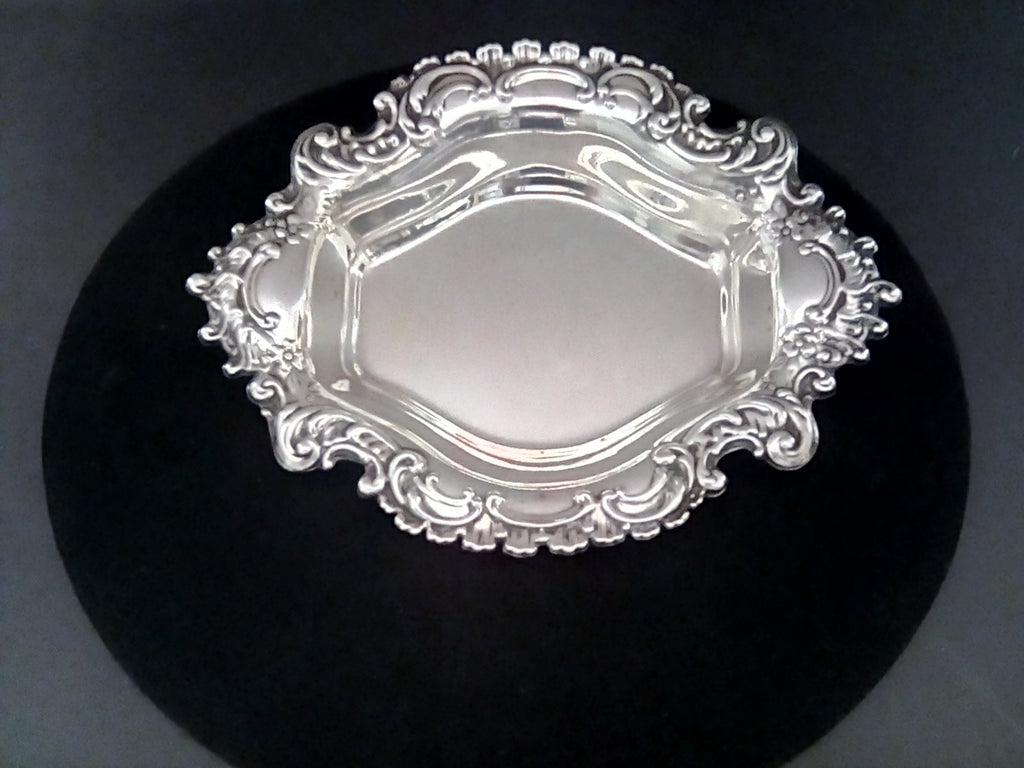 Vintage Reed & Barton Sterling Silver Burgundy Serving Dish X499