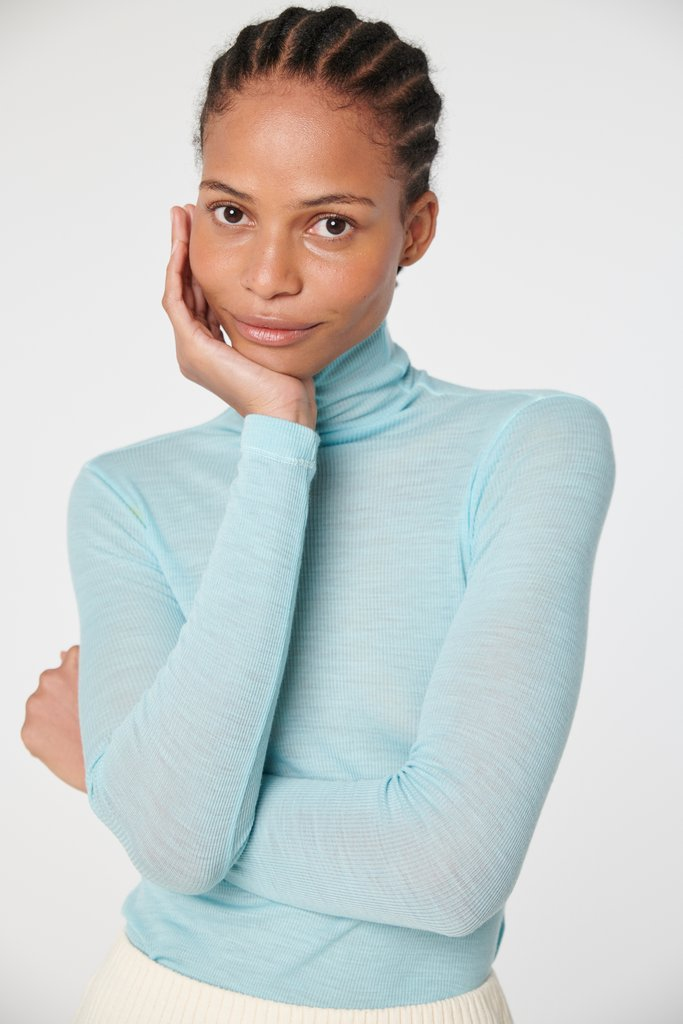 She's Back! Our Merino Rib in SEAFOAM is Available Now