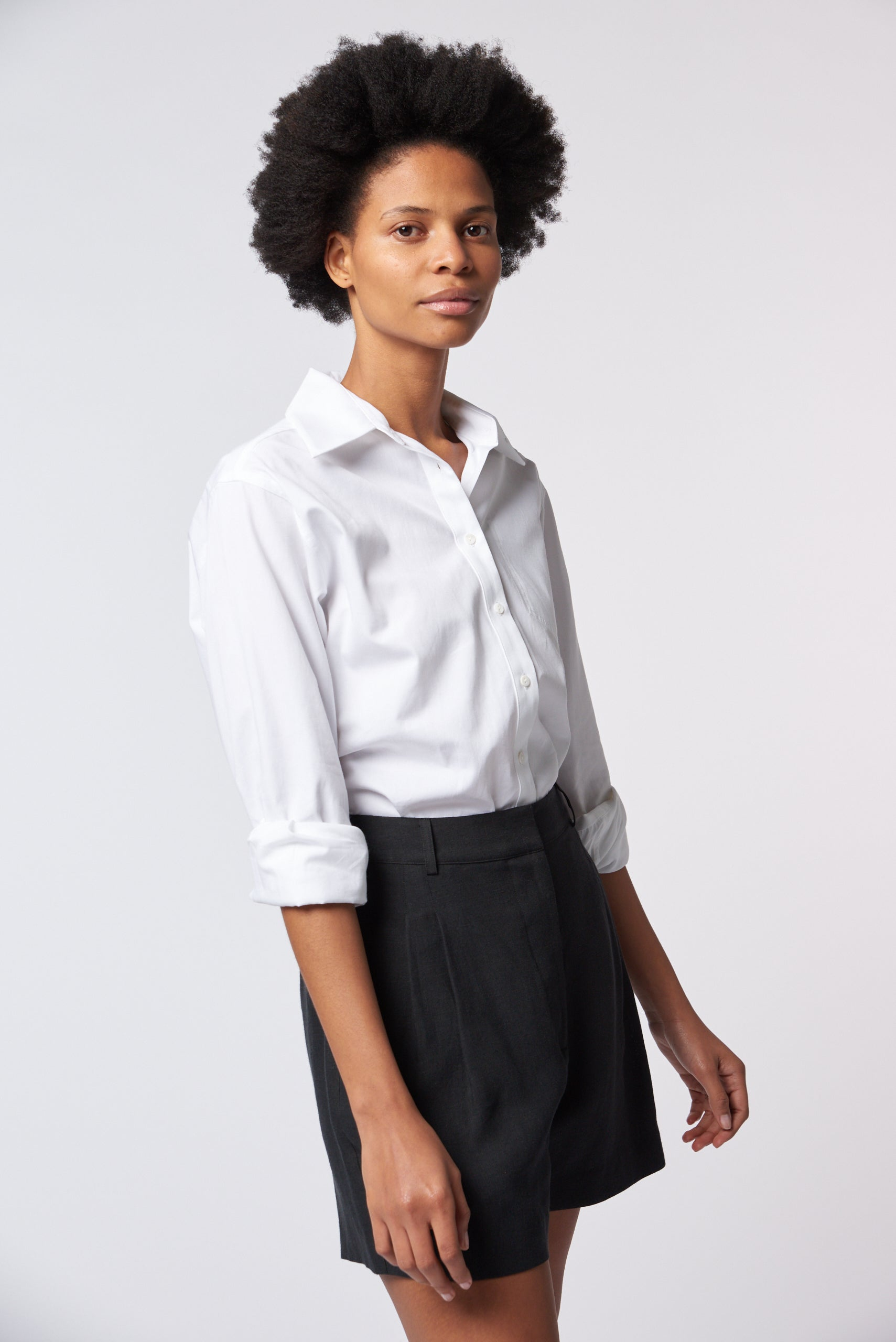 Tailored Short - Black Linen