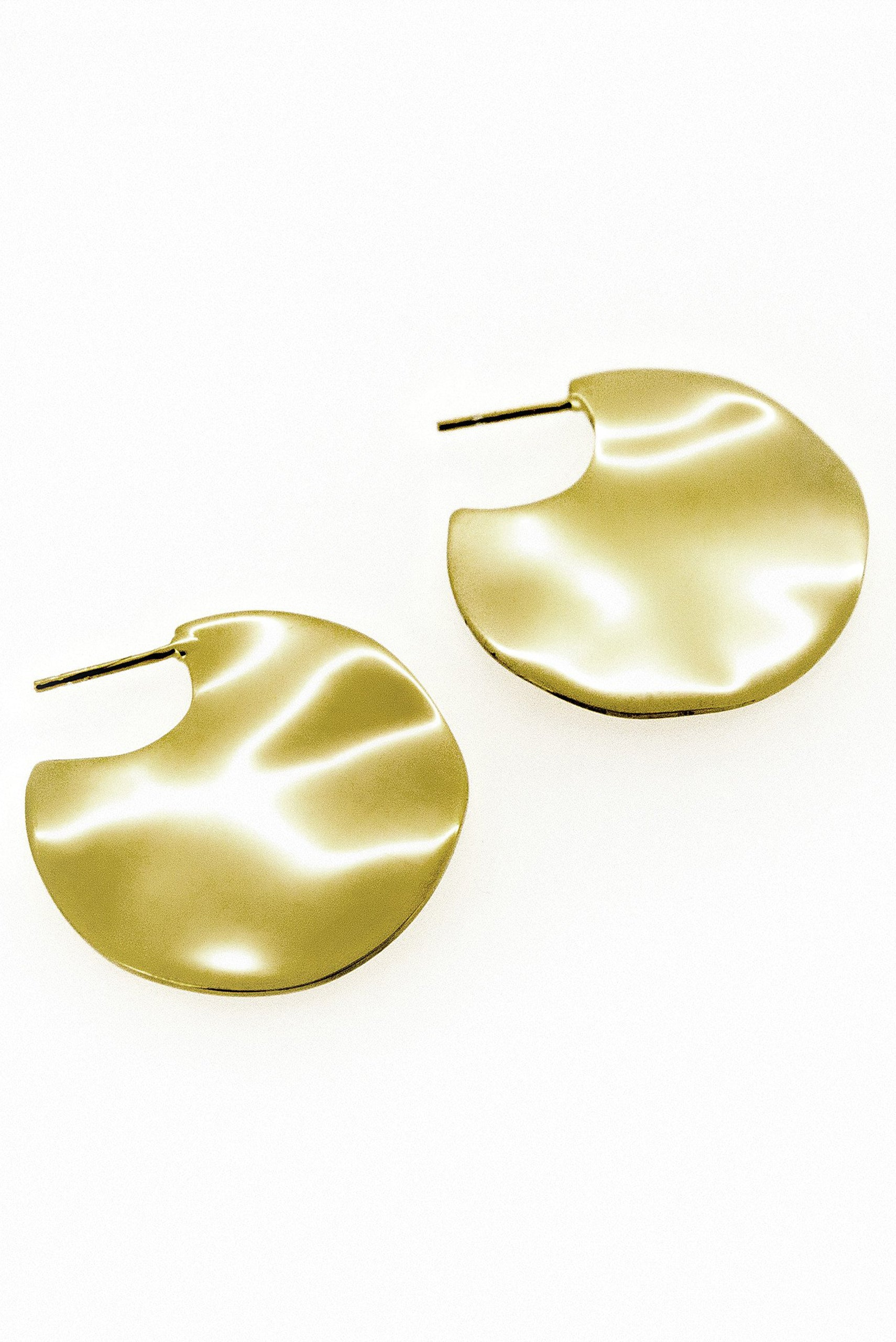 Holly Ryan Small Gold Wavee Earrings