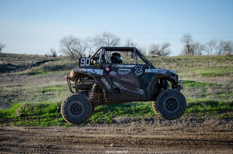 StandardCloCo Darian Gomez UTV 90 Jumping Prarie City Racing