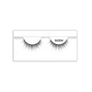 Petite Cosmetics Bloom false lashes product tray packaging