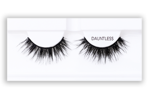 Petite Cosmetics Dauntless false lashes product tray packaging