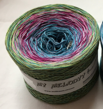 funny_18_wolltraum_green_blue_pink_mixed_yarn