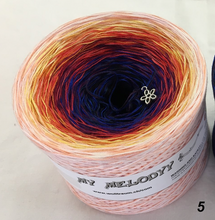 funny_5_wolltraum_pink_peach_salmon_blue_yarn