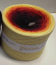 heart_of_gold_wolltraum_yellow_orange_red_black_ombre_yarn