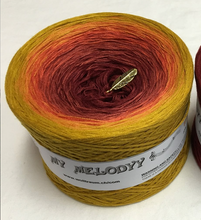 indian_summer_wolltraum_gold_bronze_red_ombre_yarn