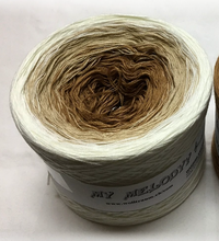 king_of_the_road_wolltraum_white_tan_mocha_brown_gradient_yarn