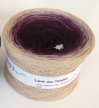 love_me_tender_wolltraum_tan_beige_purple_brown_gradient_yarn