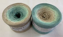 feelings_wolltraum_tan_green_yarn