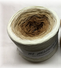 king_of_the_road_wolltraum_white_tan_mocha_brown_ombre_yarn