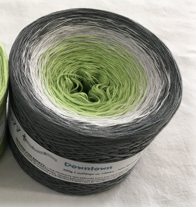downtown_wolltraum_green_yarn
