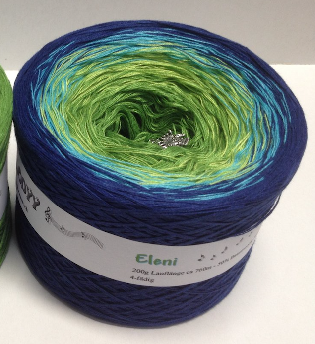 eleni_wolltraum_blue_yarn