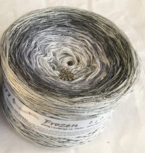 frozen_wolltraum_glitter_white_grey_silver_heather_yarn