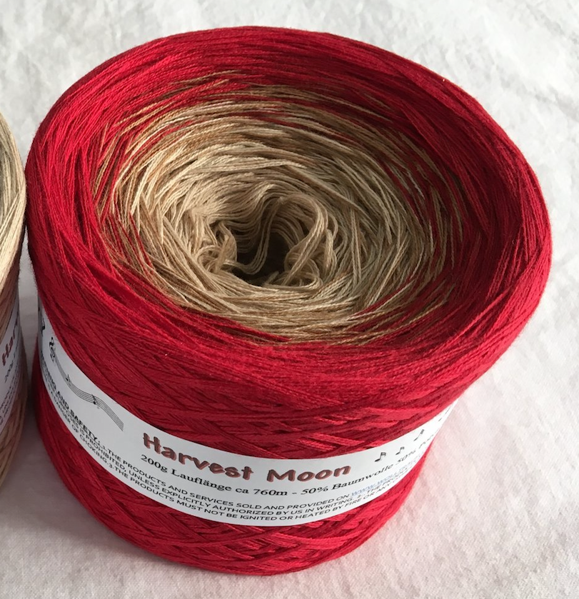 harvest_moon_wolltraum_beige_tan_red_burgundy_gradient_yarn