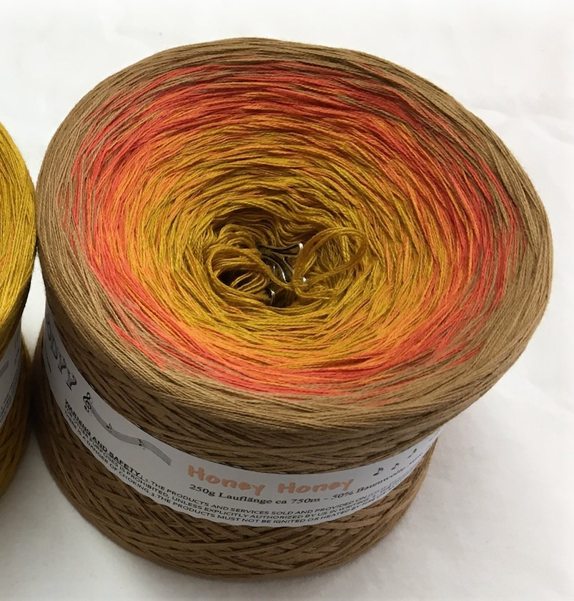 honey_honey_wolltraum_gold_orange_tan_brown_ombre_yarn