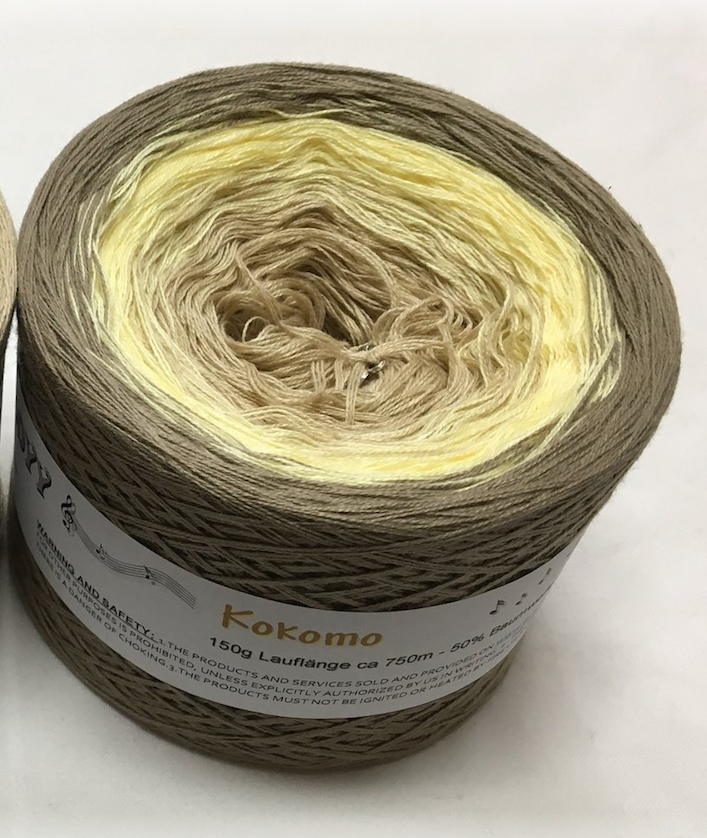 kocomo_wolltraum_beige_tan_cream_khaki_mud_gradient_ombre_yarn