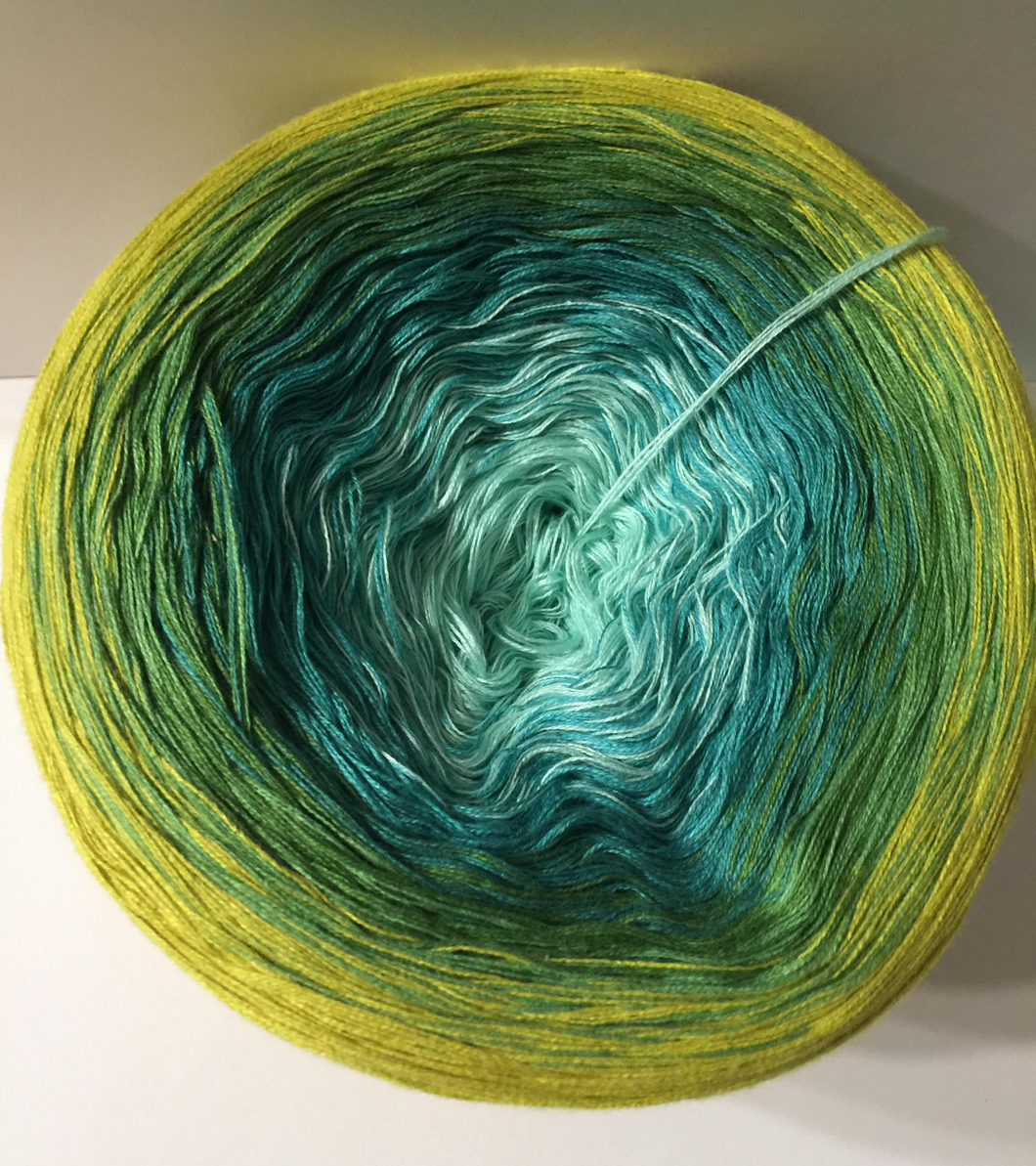 sing_the_green_blues_wolltraum_green_mint_lime_gradient_ombre_yarn