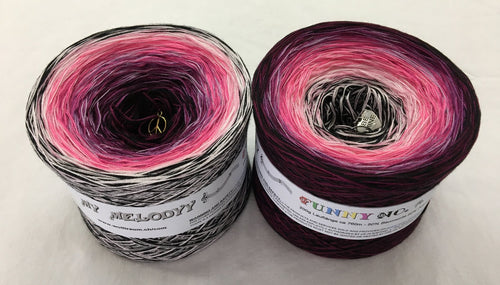 funny_16_wolltraum_pink_fuchsia_white_grey_black_yarn