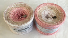 let_it_snow_wolltraum_glitter_pink_tan_beige_white_gradient_ombre_yarn