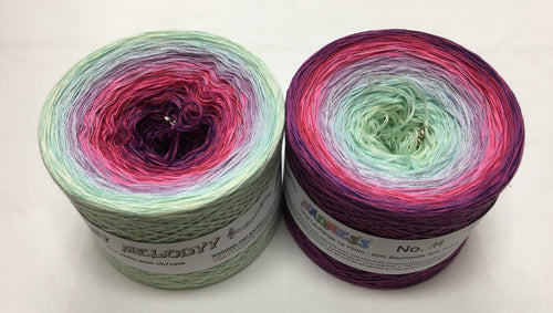 madness_14_wolltraum_green_mint_pink_purple_gradient_ombre_yarn