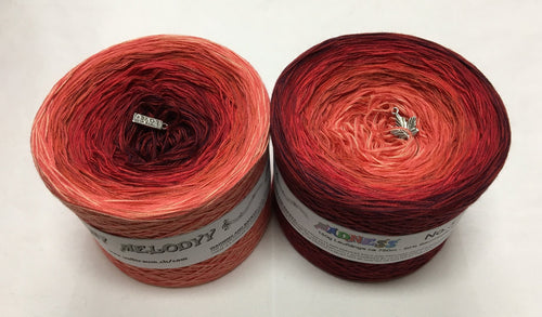 madness_3_wolltraum_red_ gradient_ombre_yarn