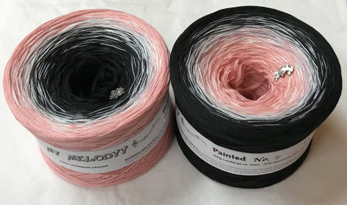 painted_4_wolltraum_pink_white_black_gradient_ombre_yarn
