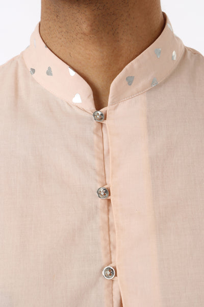 SUMEET mens short cotton peach/silver hearts kurta with long sleeves and four button closure | HARLEEN KAUR