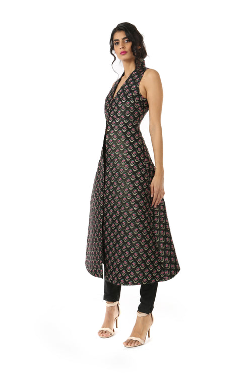 CHAND Black Jacket Dress with Pink Woven Flowers and Side Pockets - Side View | HARLEEN KAUR