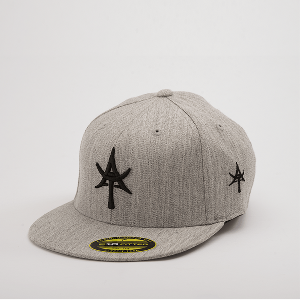 5 Panel Snap back Gray & Black